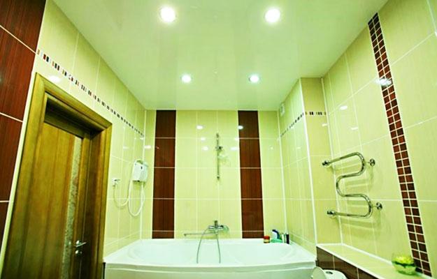 Натяжные-потолки-для-ванной2