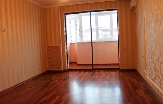 Раздвижные-стеклянные-двери-на-балкон-как-увеличить-пространство2