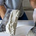 Санирующая штукатурка как способ борьбы с сыростью и отслоениями