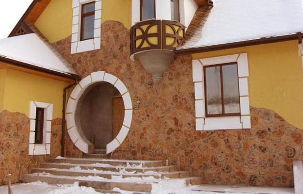 Цоколь - ограждение для фундамента строения снаружи